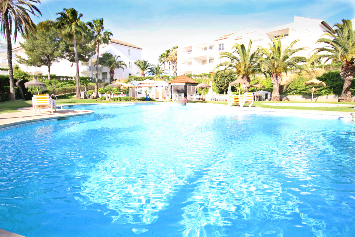 ABSOLUTELY FABULOUS top floor very spacious split level studio apartment in Miraflores, with the mos,Spain