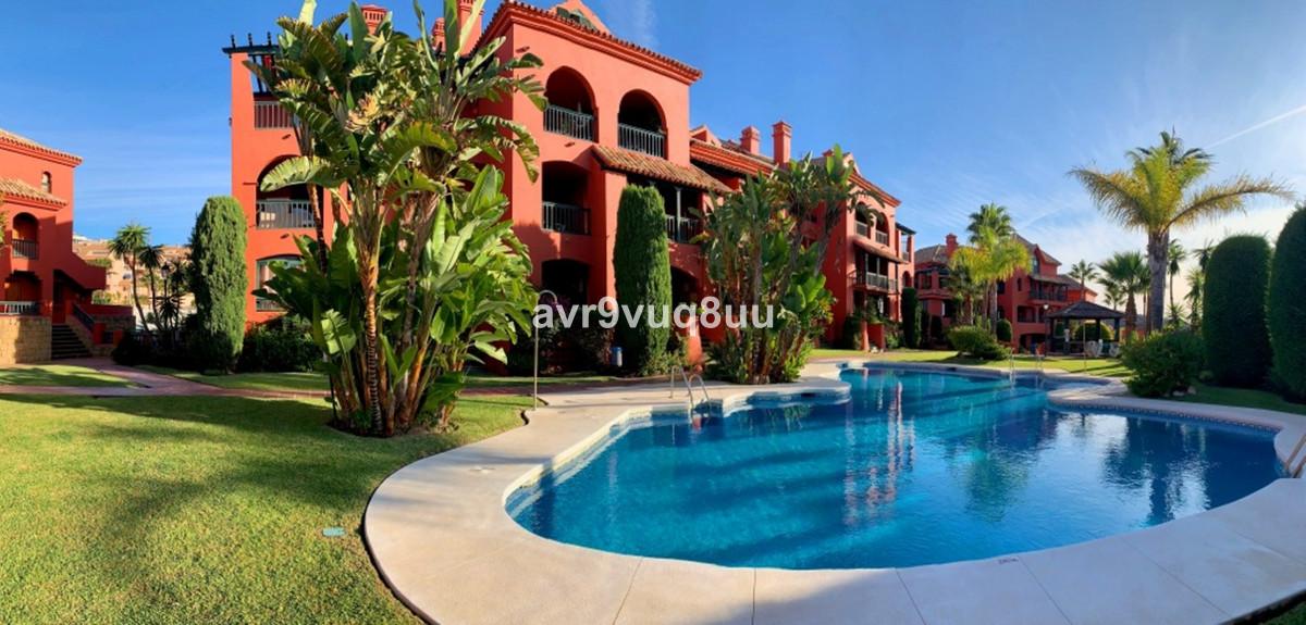 Marbella Banus Apartamento en Venta en Calahonda – R3514096