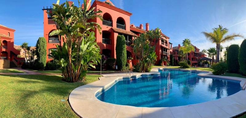Apartamento Planta Baja en venta, Calahonda – R3514096