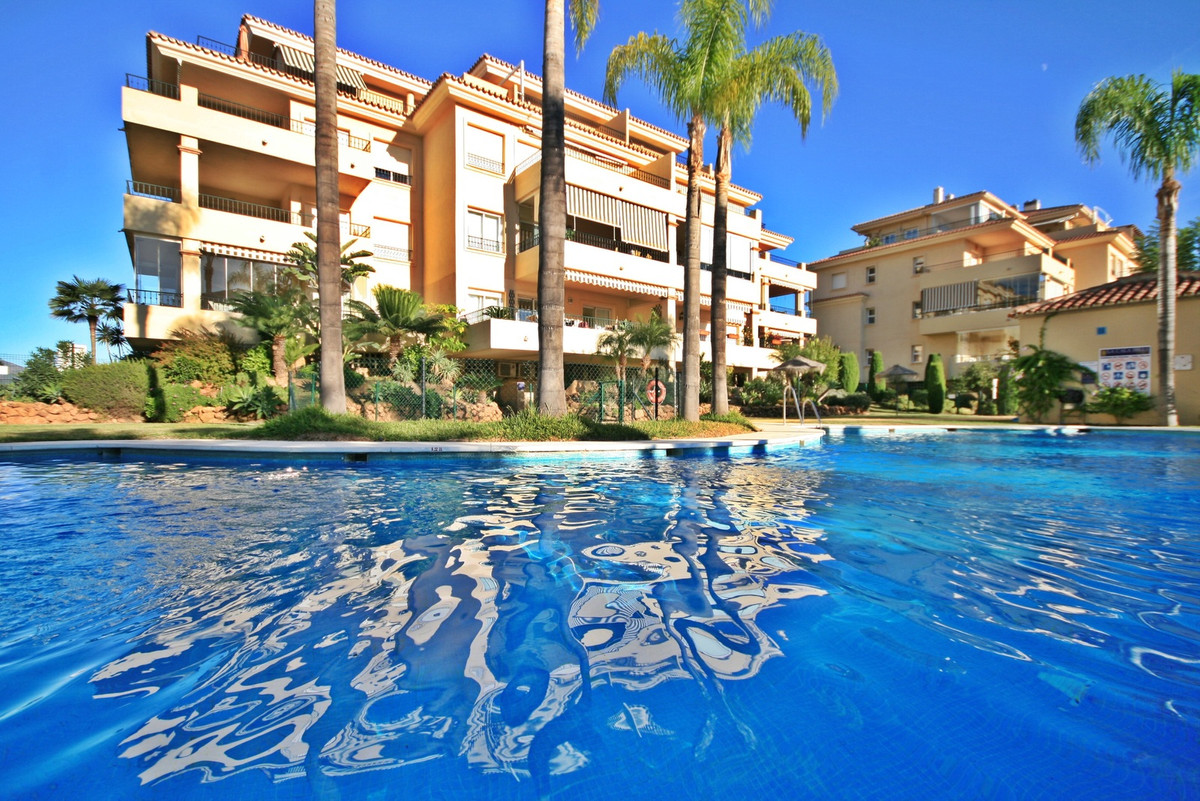 Spacious, luxury 2 bedroom apartment with good sized terrace & amazing views! This beautiful pro,Spain