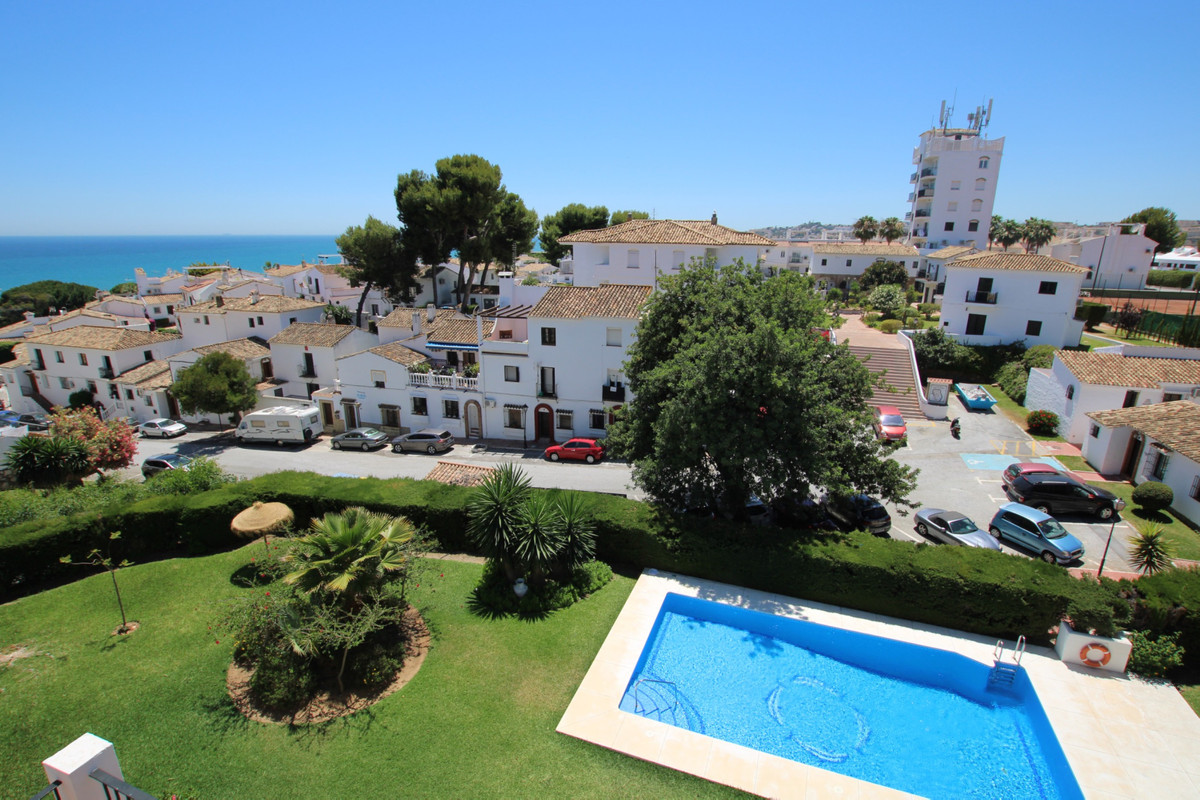 Top Floor Apartment in La Cala de Mijas