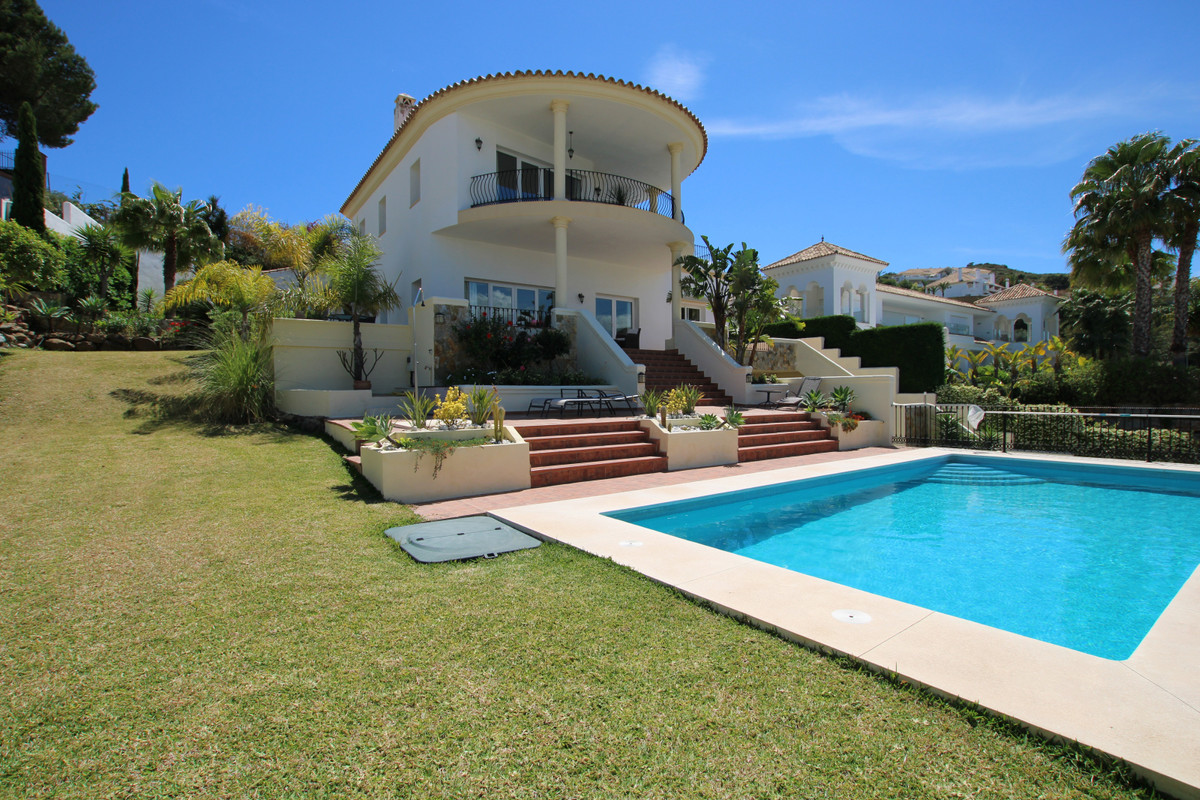 TRULY ELEGANT, spacious and modern villa, located in the heart of the prestigious La Cala Golf and S,Spain