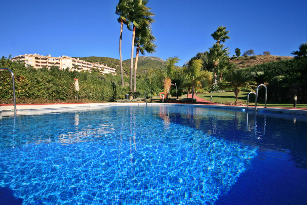 Beautifully presented 3 bedroom, 3 bathroom Townhouse, front-line Golf on Alhaurin Golf! with a very,Spain