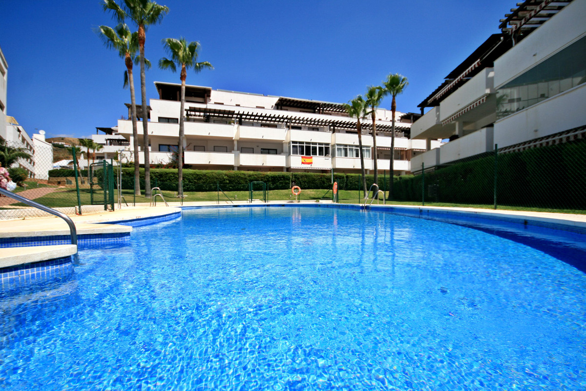 Fantastic fully reformed 2 bedroom apartment in Rivera for an amazing price! This property is a deal,Spain