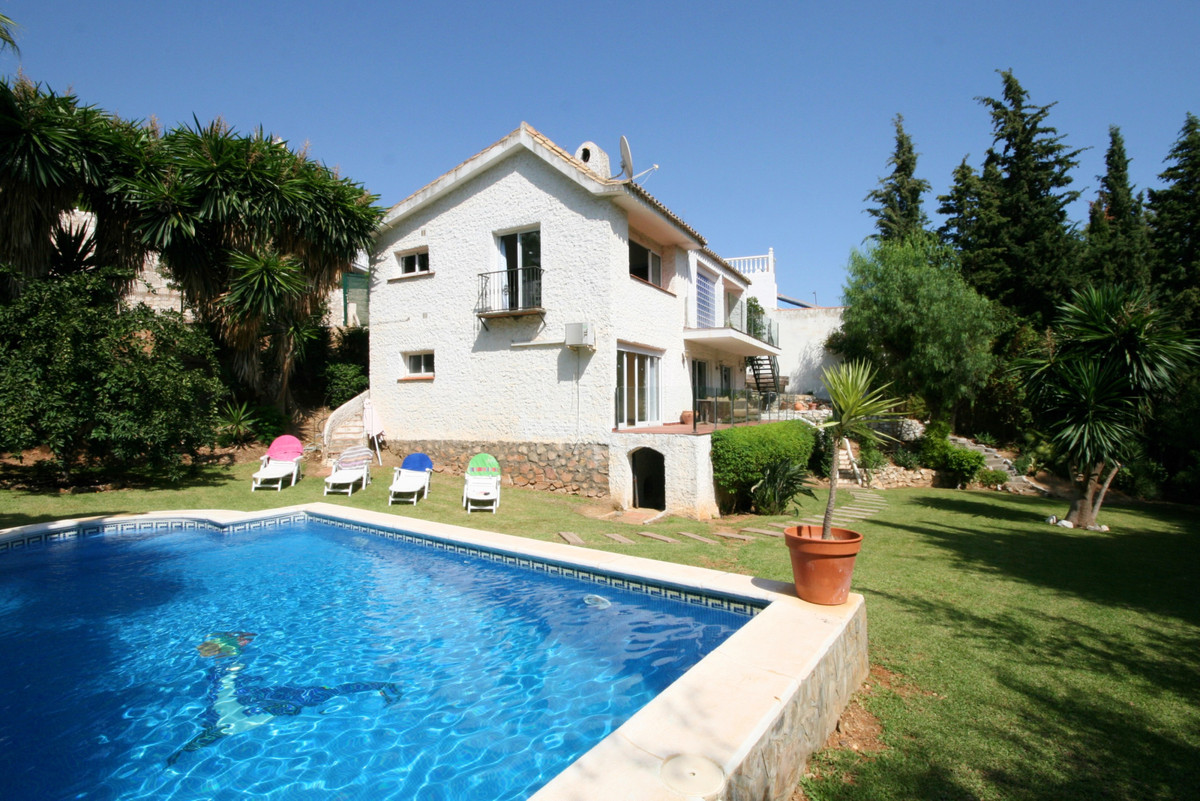 FABULOUS, fully modernised and very spacious villa located just a short drive from Fuengirola and th,Spain