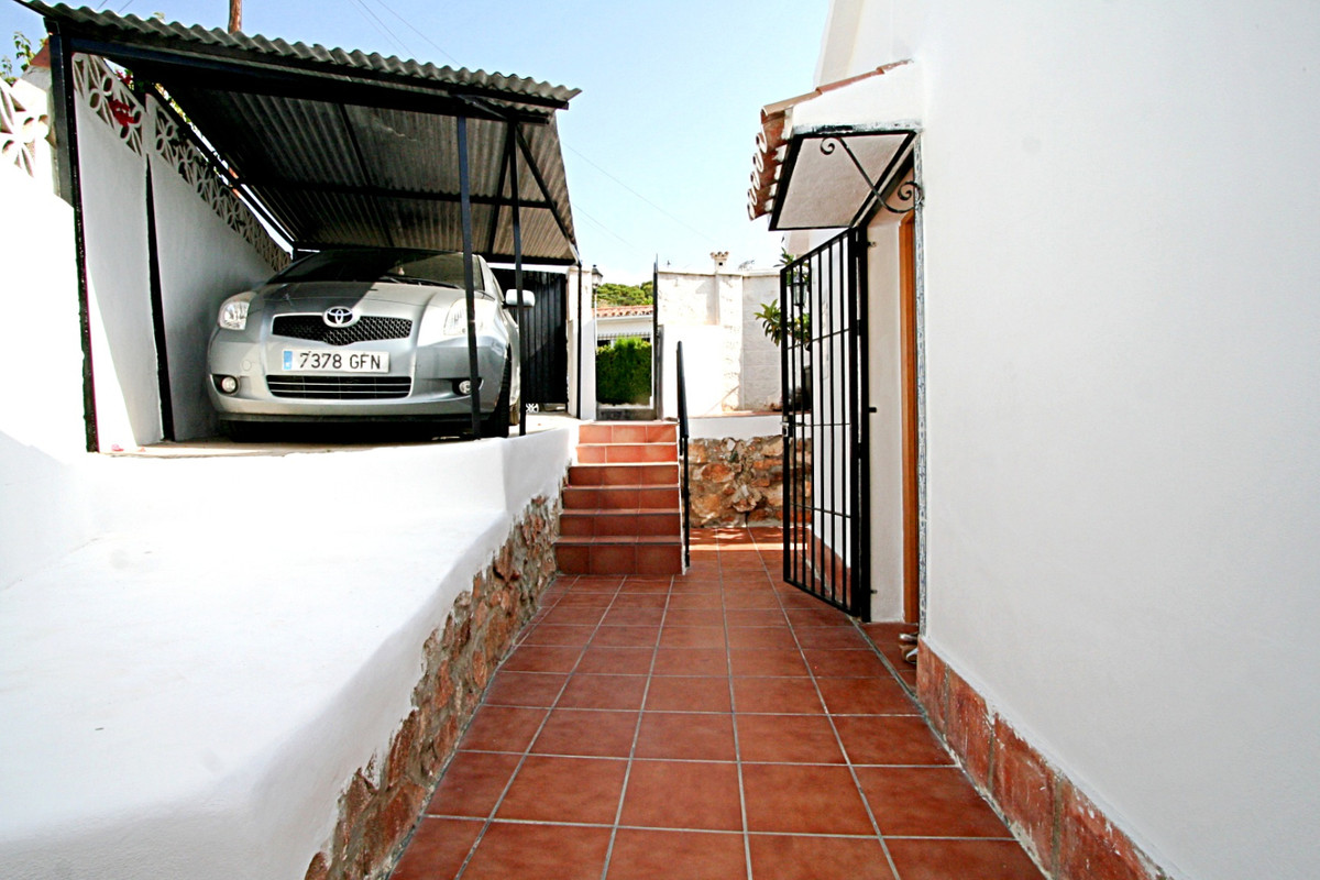 House in Fuengirola R3457300 10