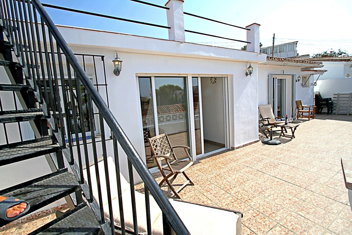 House in Fuengirola R3457300 2