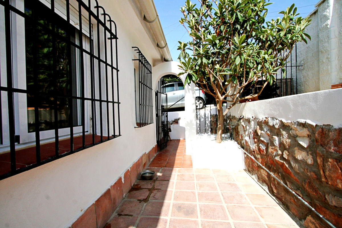 House in Fuengirola R3457300 20