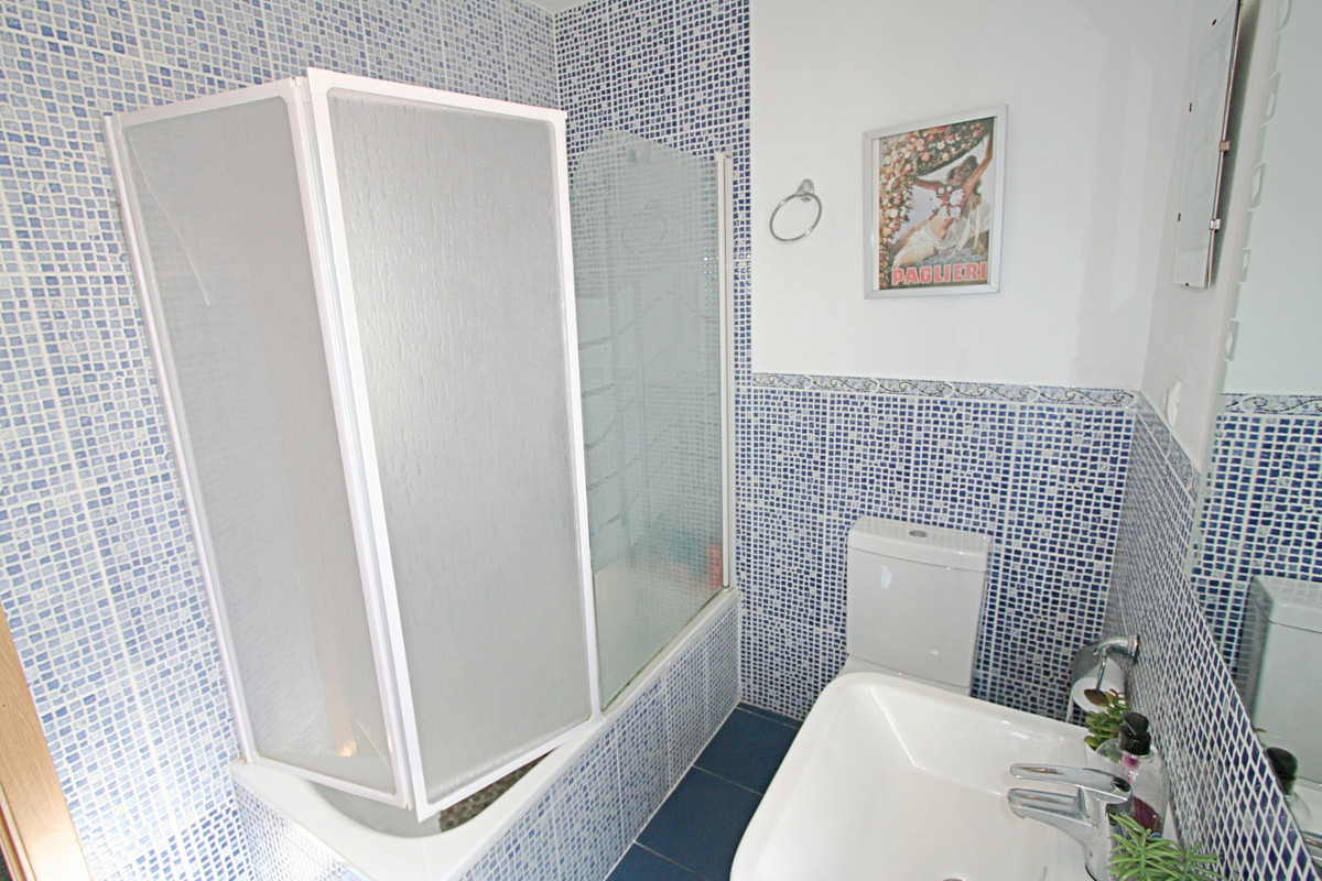 House in Fuengirola R3457300 21