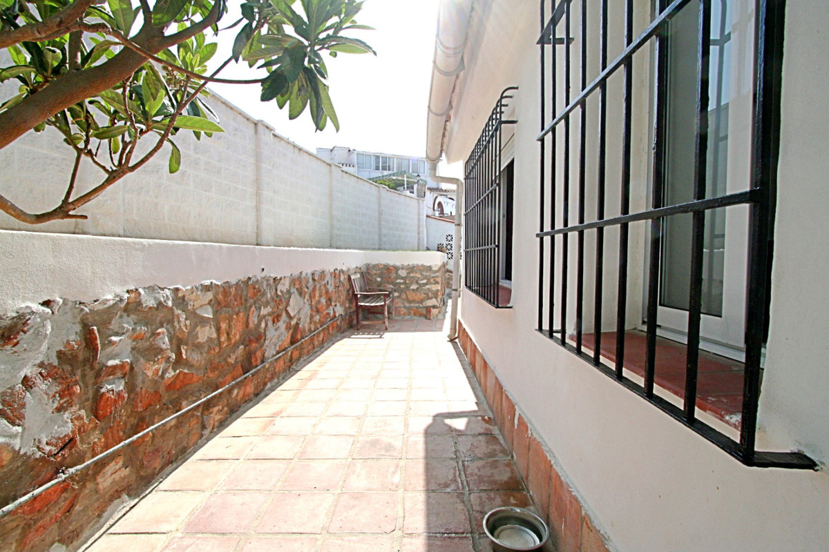 House in Fuengirola R3457300 24