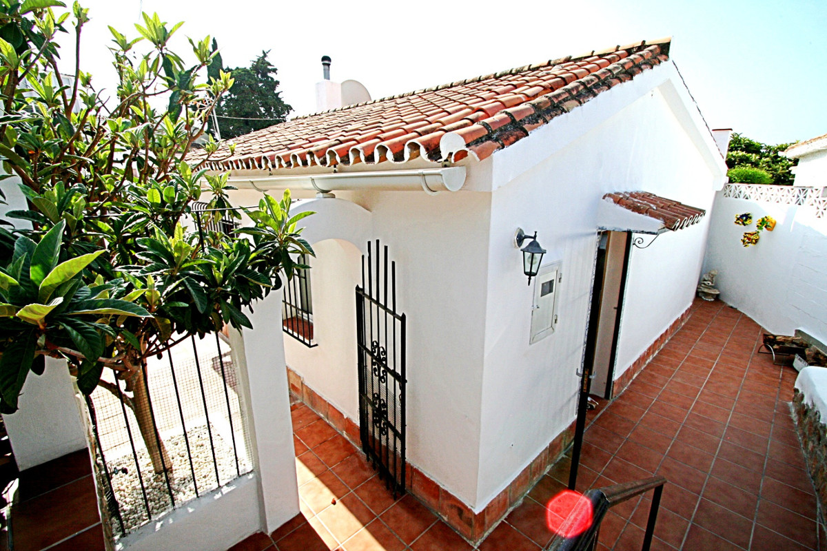 House in Fuengirola R3457300 34