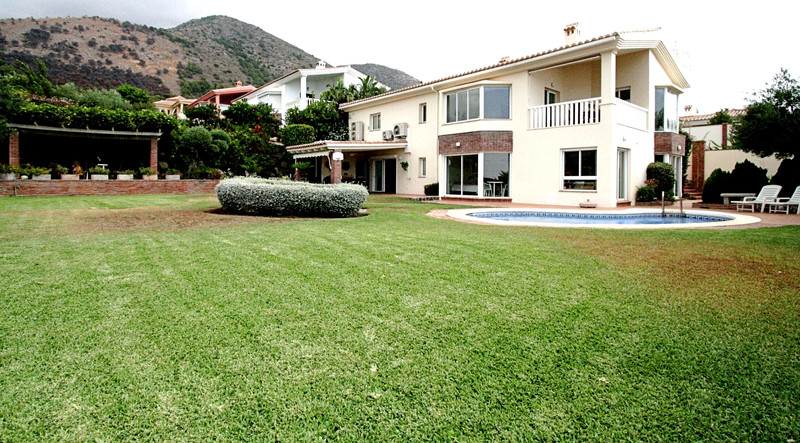 Detached Villa - Fuengirola - R3240973 - mibgroup.es