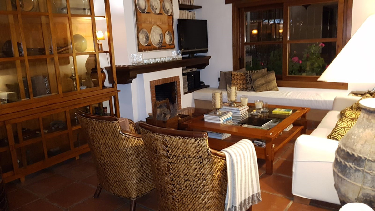 3 Bedroom Villa for sale Marbella