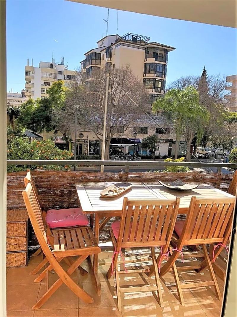 Apartamento Planta Media en venta en Marbella – R3368929