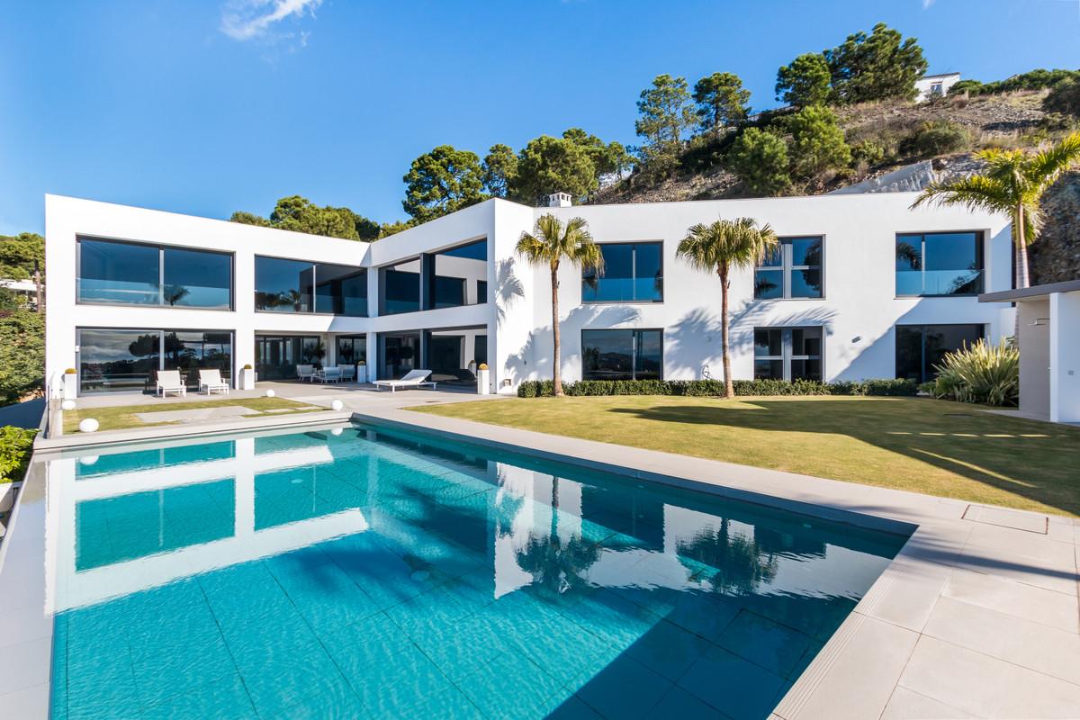 6 Bedroom Detached Villa For Sale Benahavís