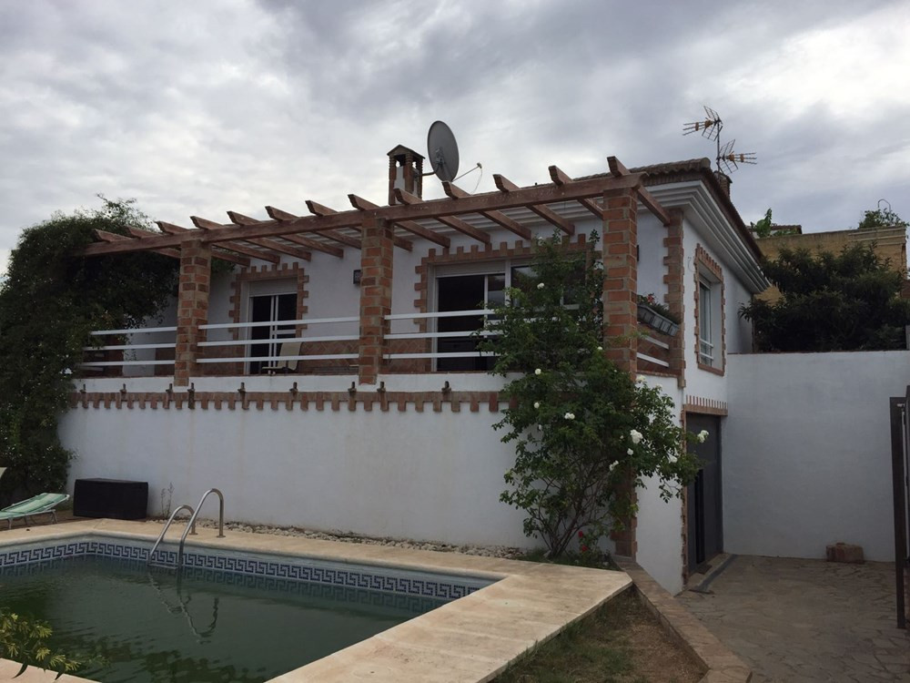 Detached house for sale, in central urbanization of Marbella and only five hundred meters from the b, Spain