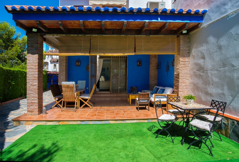 Beautiful semi-detached house in rustic style, with three bedrooms, two bathrooms and a toilet and s,Spain