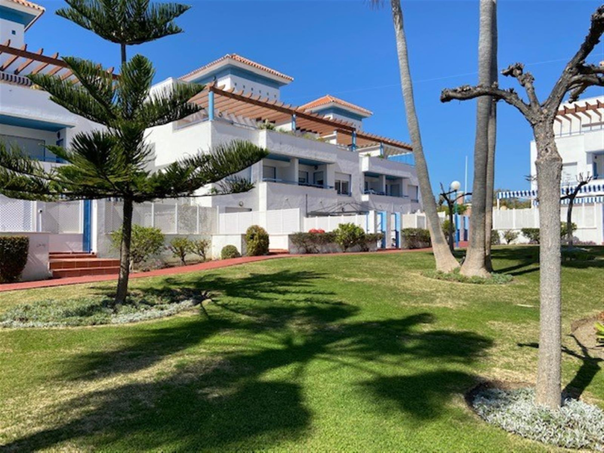 Fantastic 4 bedroom townhouse on the New Golden Mile. This very spacious and well-priced home is set,Spain