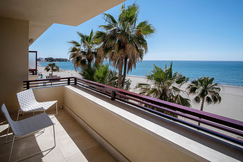 Renew Realty Apartment Estepona