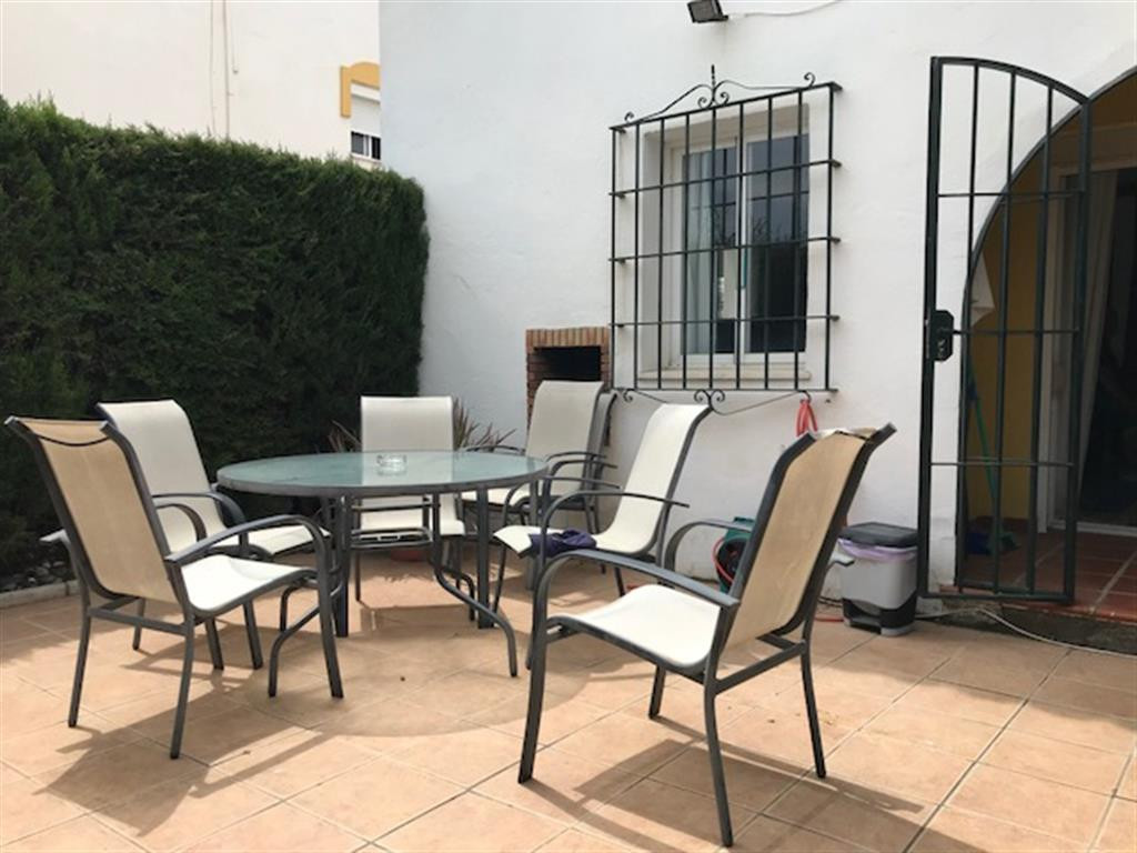 Fantastic 3 bed, corner townhouse located in the popular Marina de Casares townhouse community, near,Spain
