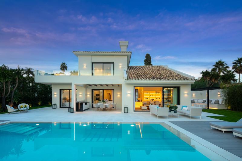 Renew Realty House Nueva Andalucía