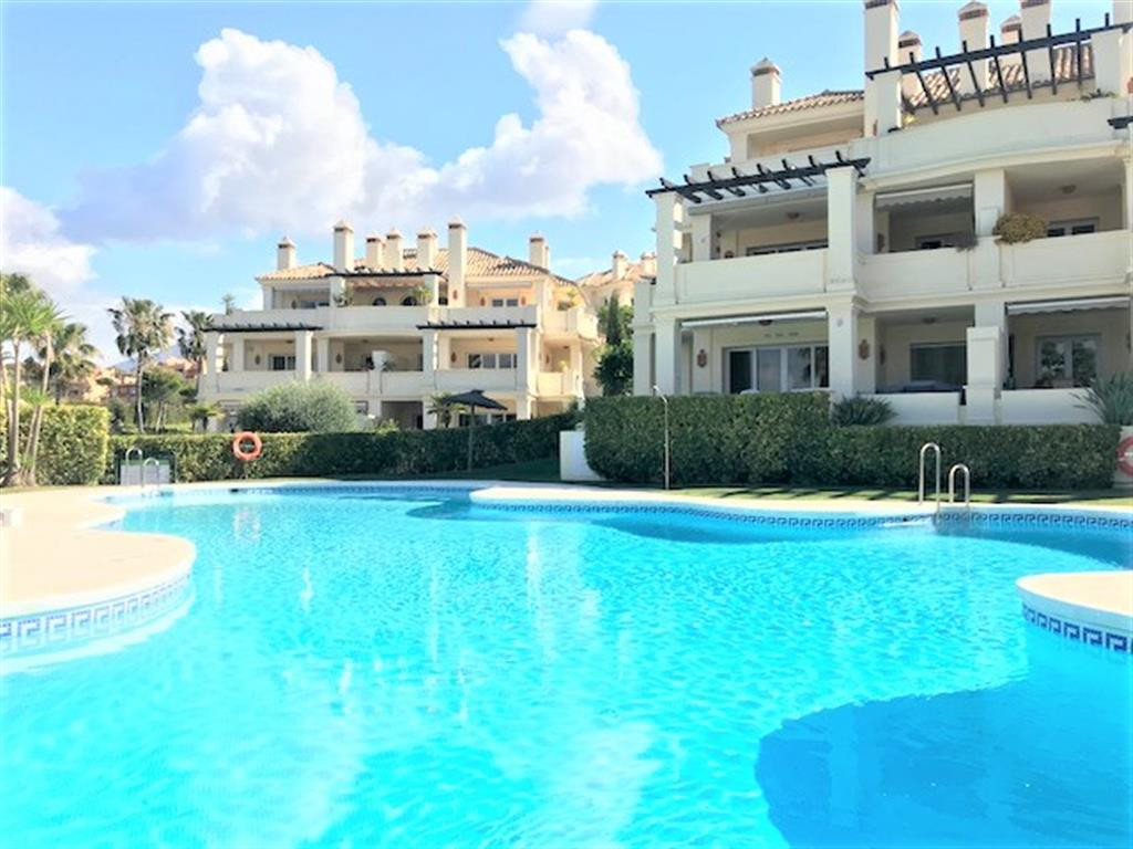 Spacious, high quality, 2 bed apartment, located in the luxury, gated community of Majestic Gardens,,Spain