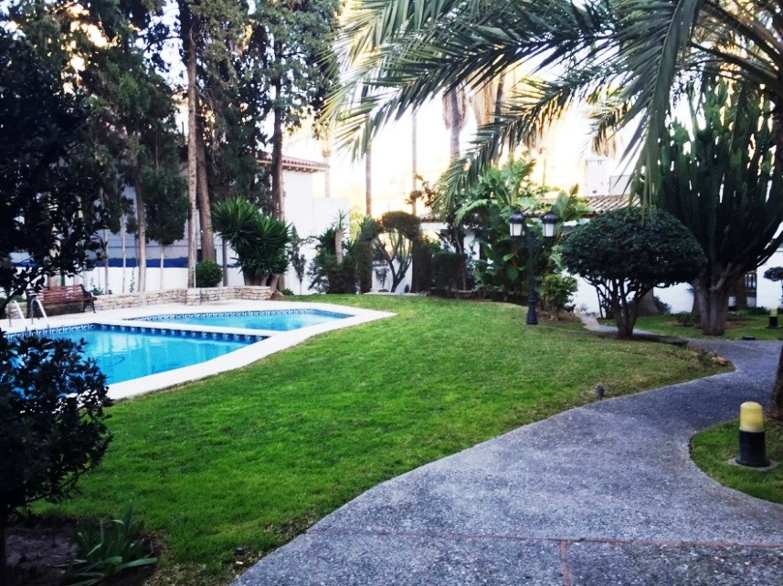 OPPORTUNITY!!!! Excellent apartment for sale in the area of ??Carihuela, 300 meters from the beach, ,Spain