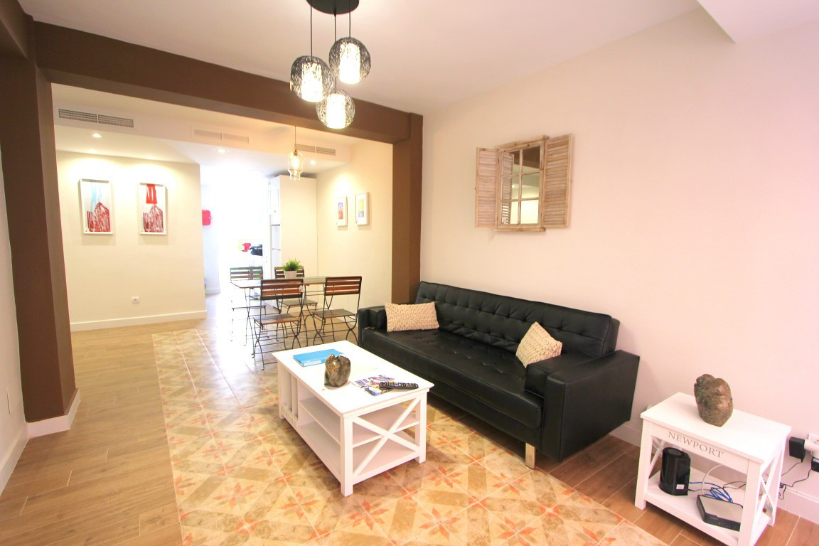 Fantastic fully renovated apartment for sale in the center of Malaga. Close to restaurants, supermar, Spain
