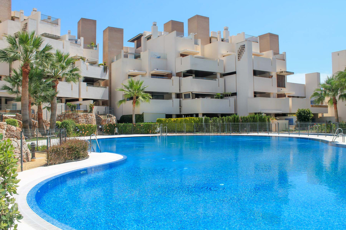 Superb Beachfront Apartment for sale in Estepona!   This property is located in a unique location, 3,Spain