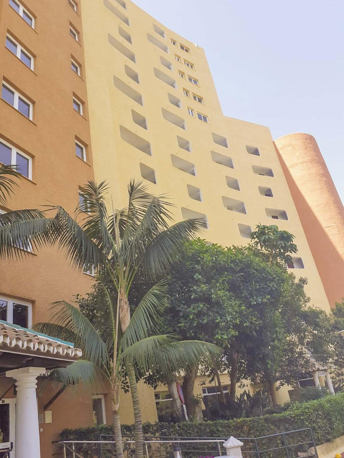 Marbella Banus Apartamento en Venta en Marbesa – R3680564