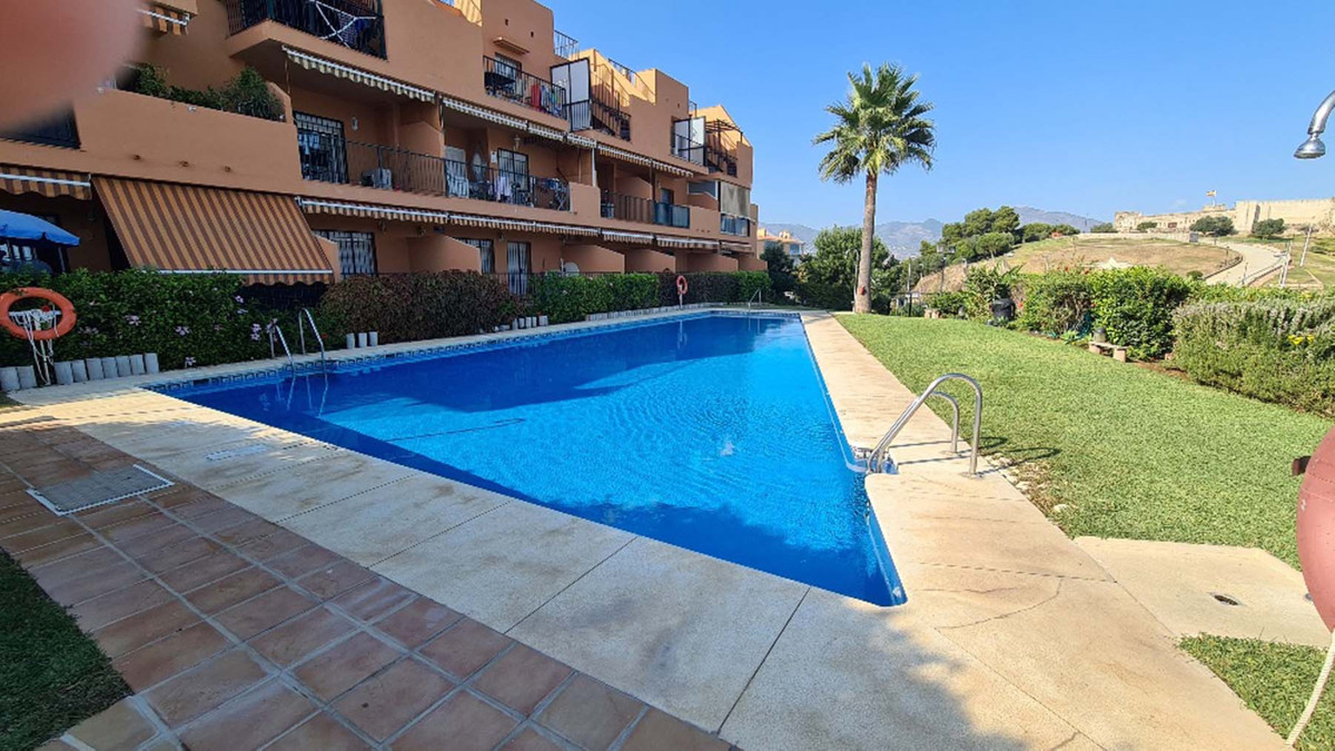 Fantastic 2 bedroom apartment located just a few minutes walk from the beach and from the Miramar sh,Spain