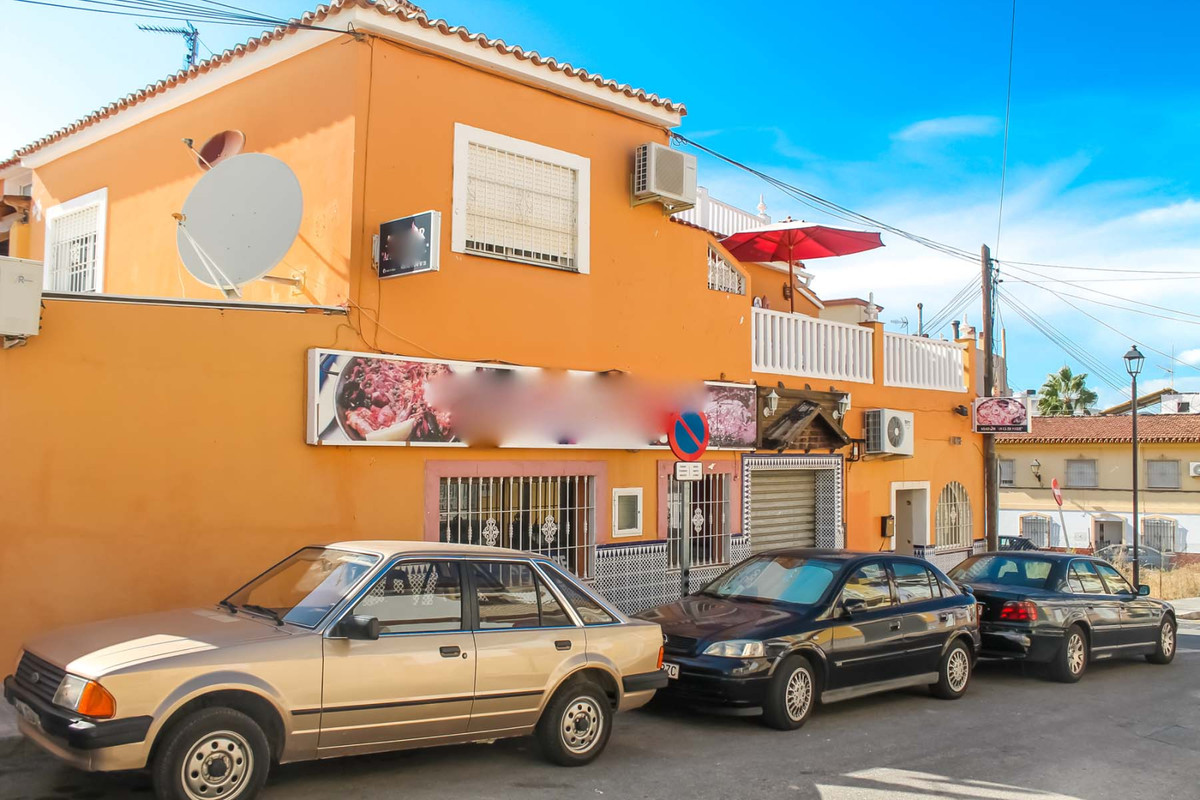Bargain Restaurant in the heart of Alhaurin de la Torre! Ideal Hospitality Investment !   Located at,Spain
