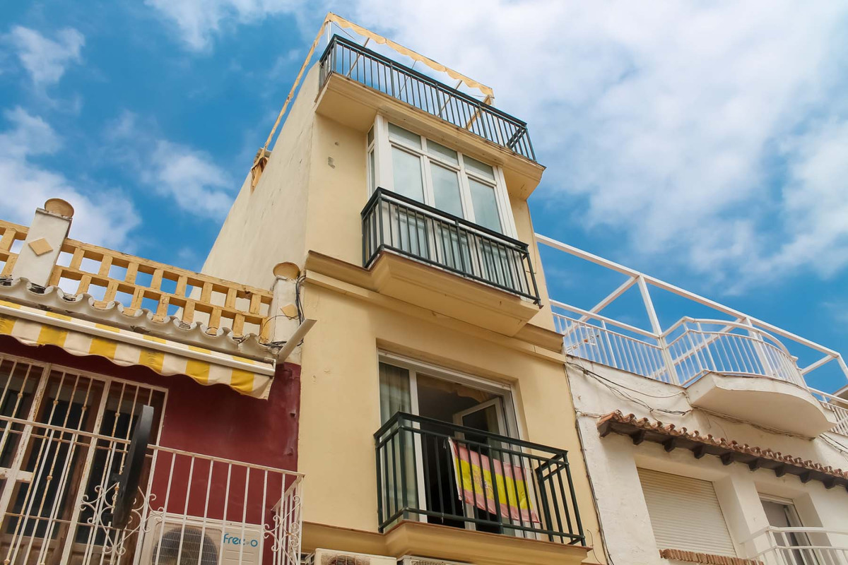 5 level beachside estate for sale in commercial street in Torremolinos!   This unique townhouse is l,Spain