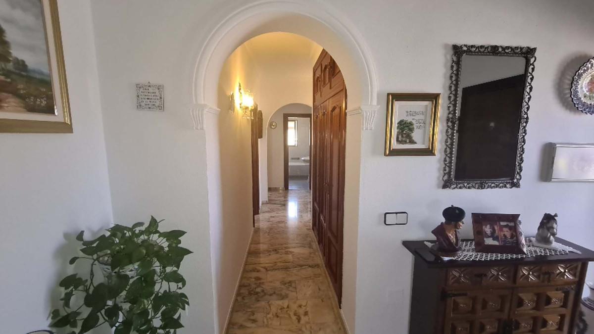 House in Alhaurín de la Torre R3909046 23