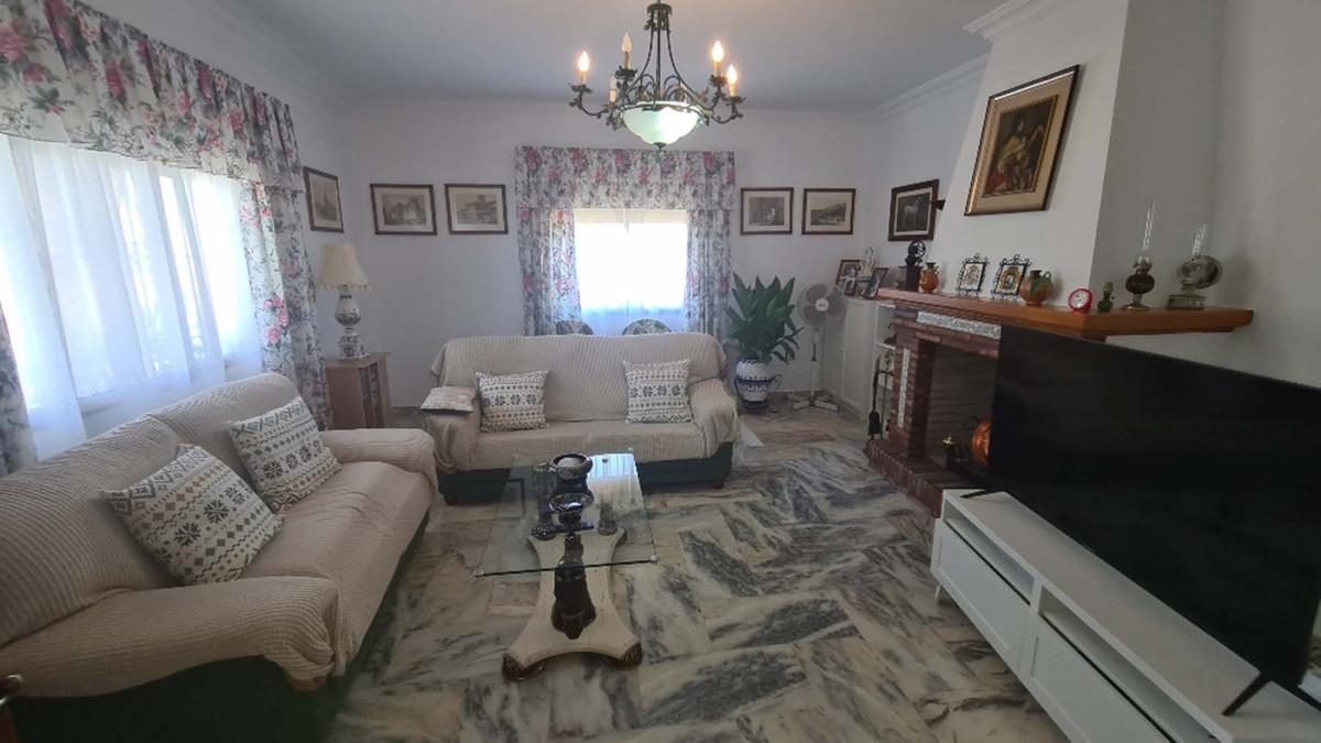 House in Alhaurín de la Torre R3909046 26