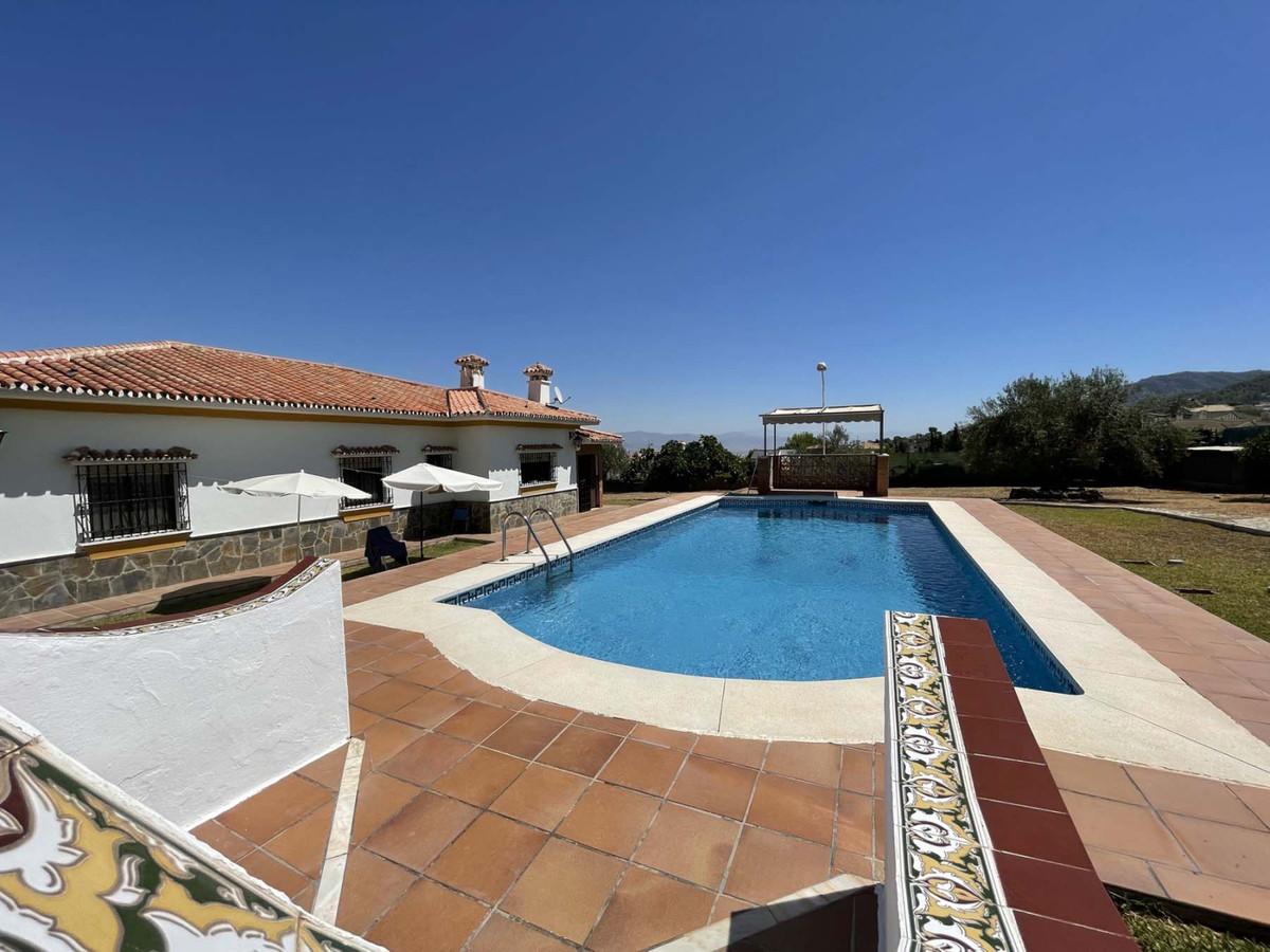 House in Alhaurín de la Torre R3909046 27