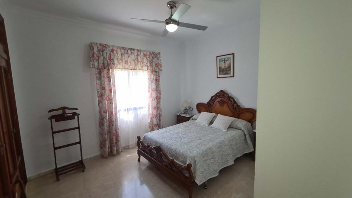 House in Alhaurín de la Torre R3909046 28
