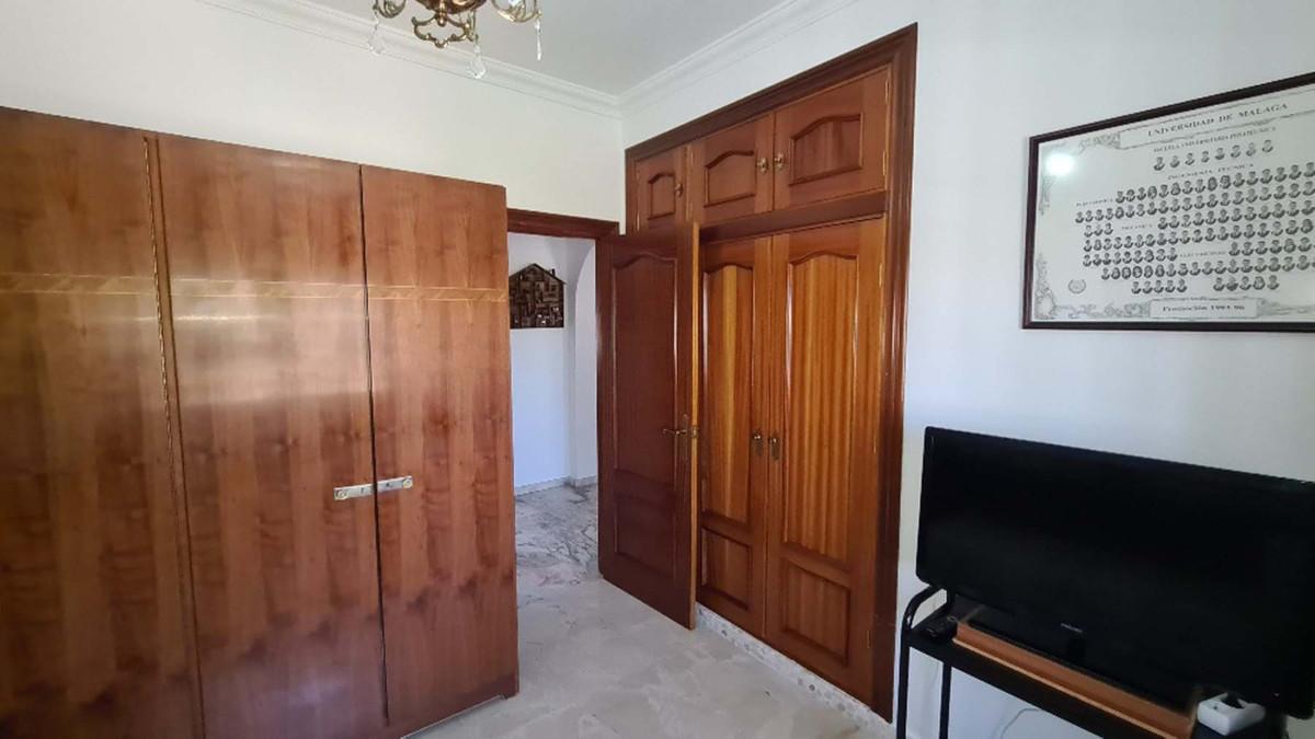 House in Alhaurín de la Torre R3909046 31
