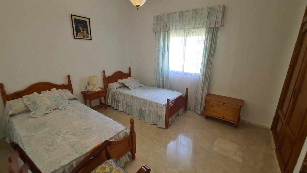House in Alhaurín de la Torre R3909046 34