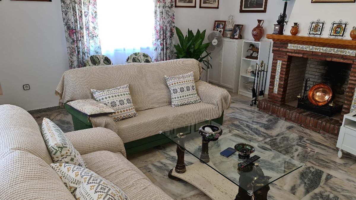House in Alhaurín de la Torre R3909046 35