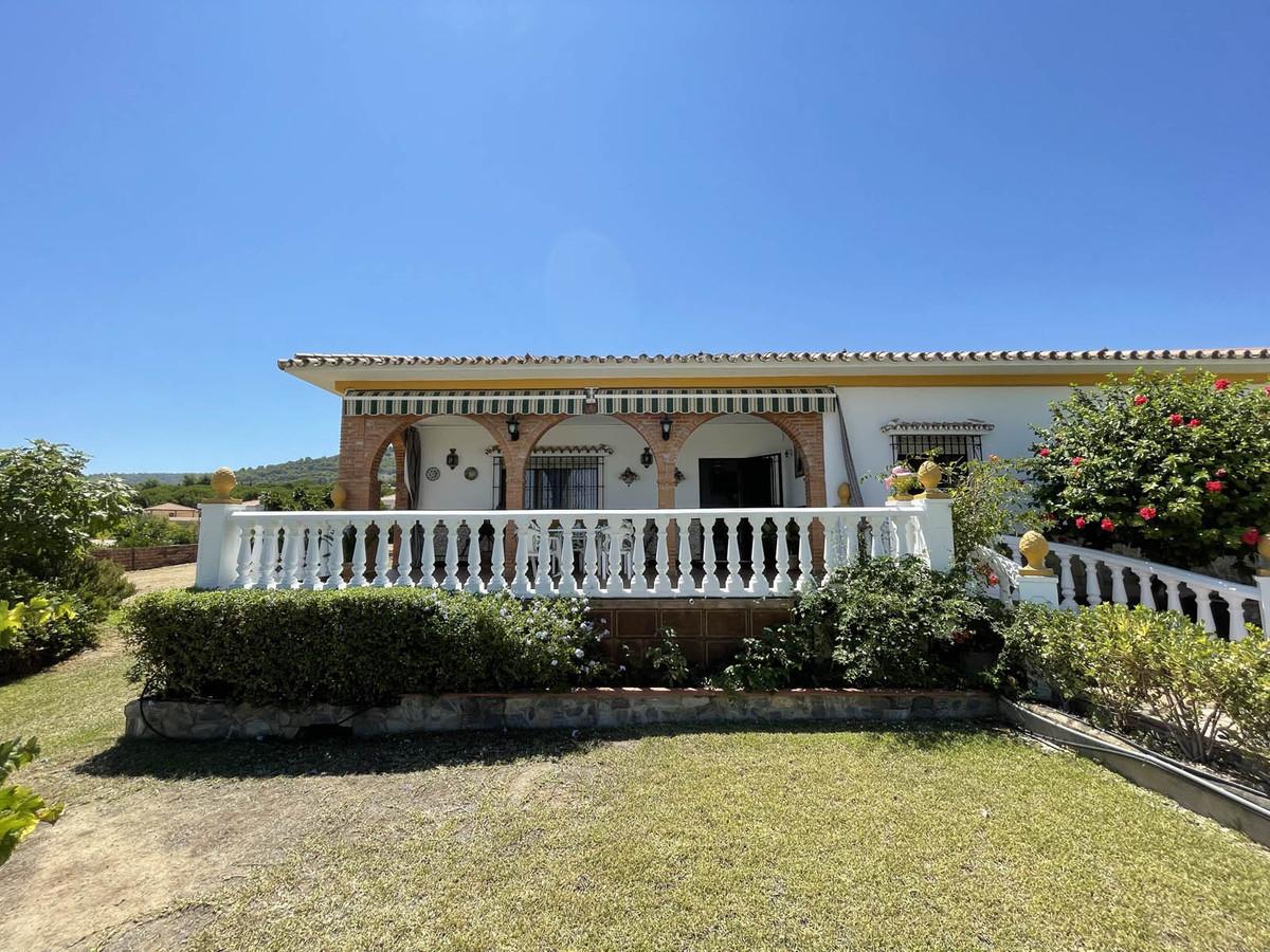 House in Alhaurín de la Torre R3909046 40