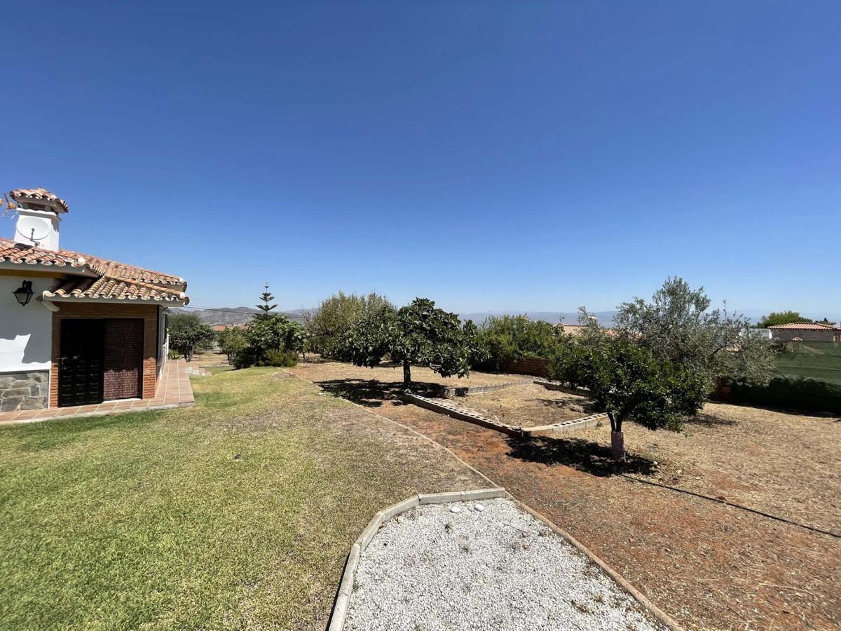 House in Alhaurín de la Torre R3909046 41