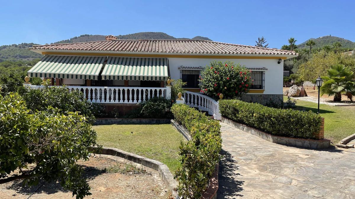 House in Alhaurín de la Torre R3909046 42