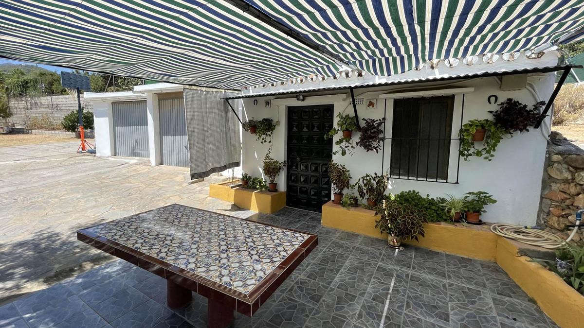 House in Alhaurín de la Torre R3909046 47