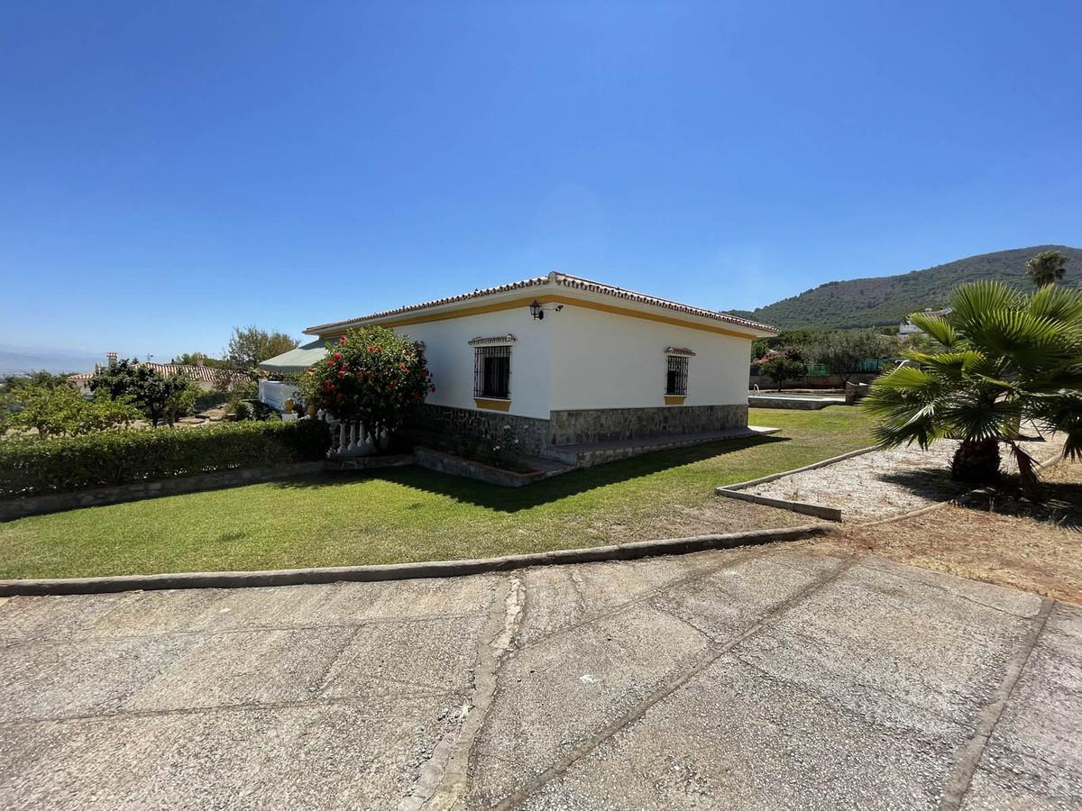 House in Alhaurín de la Torre R3909046 49