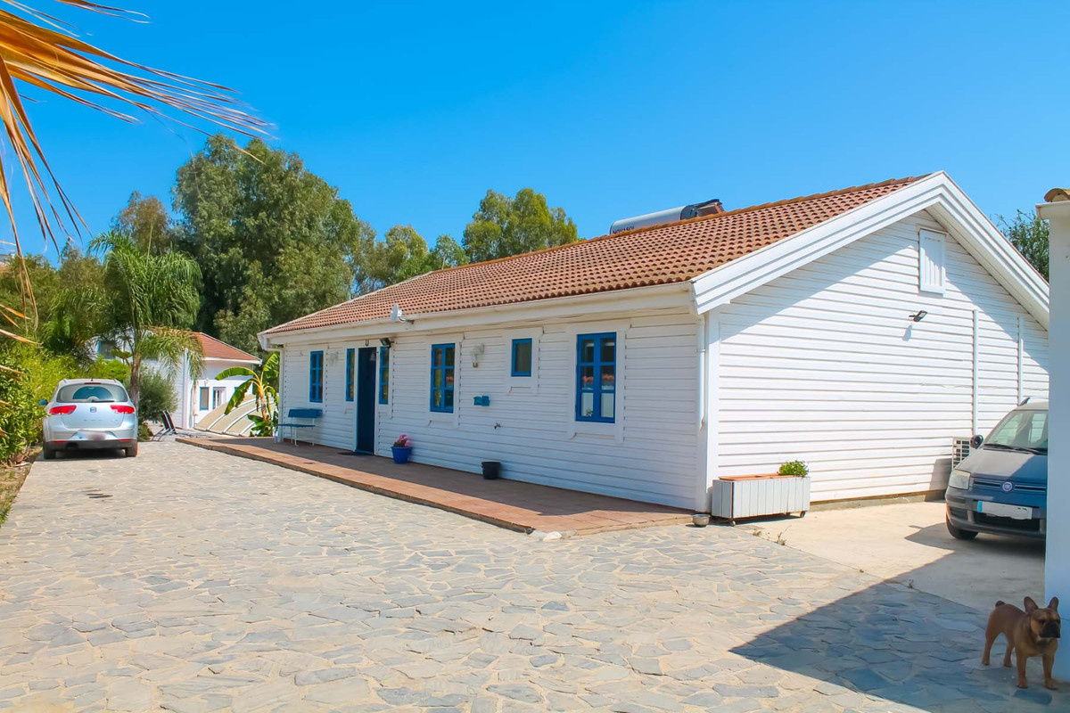 Beautiful Finca with fruit trees for sale in MIijas!  This large property is located in the Mijas Ca,Spain