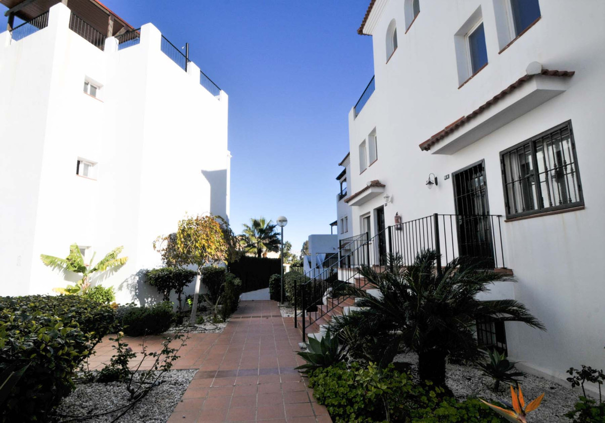 Fully furnished apartment with sea view in Benalmadena. It is located in a quiet area and is at a wa,Spain