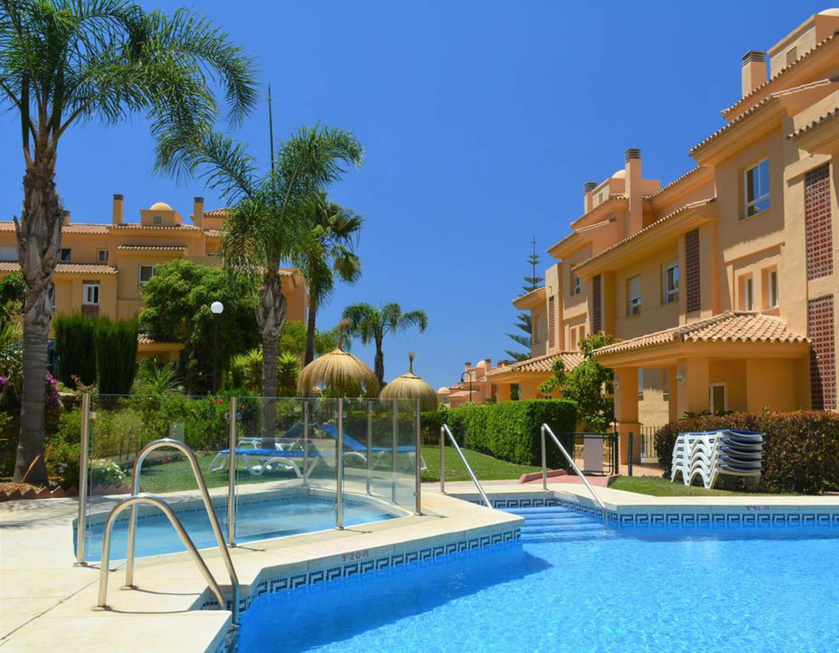 Fantastic 2 bedroom 2 bathroom south facing apartment located in one of the most sought after comple,Spain