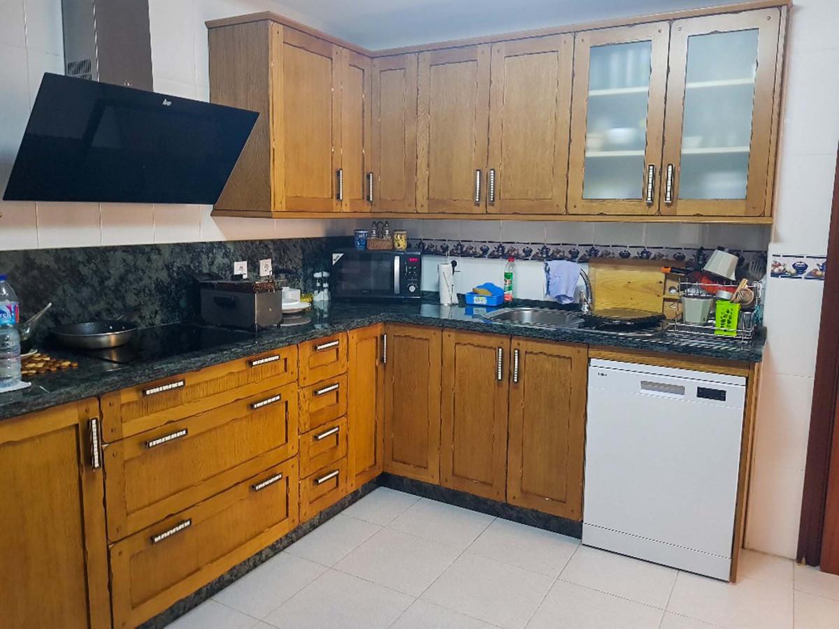 Apartment Middle Floor Torremolinos Málaga Costa del Sol R3750115 9