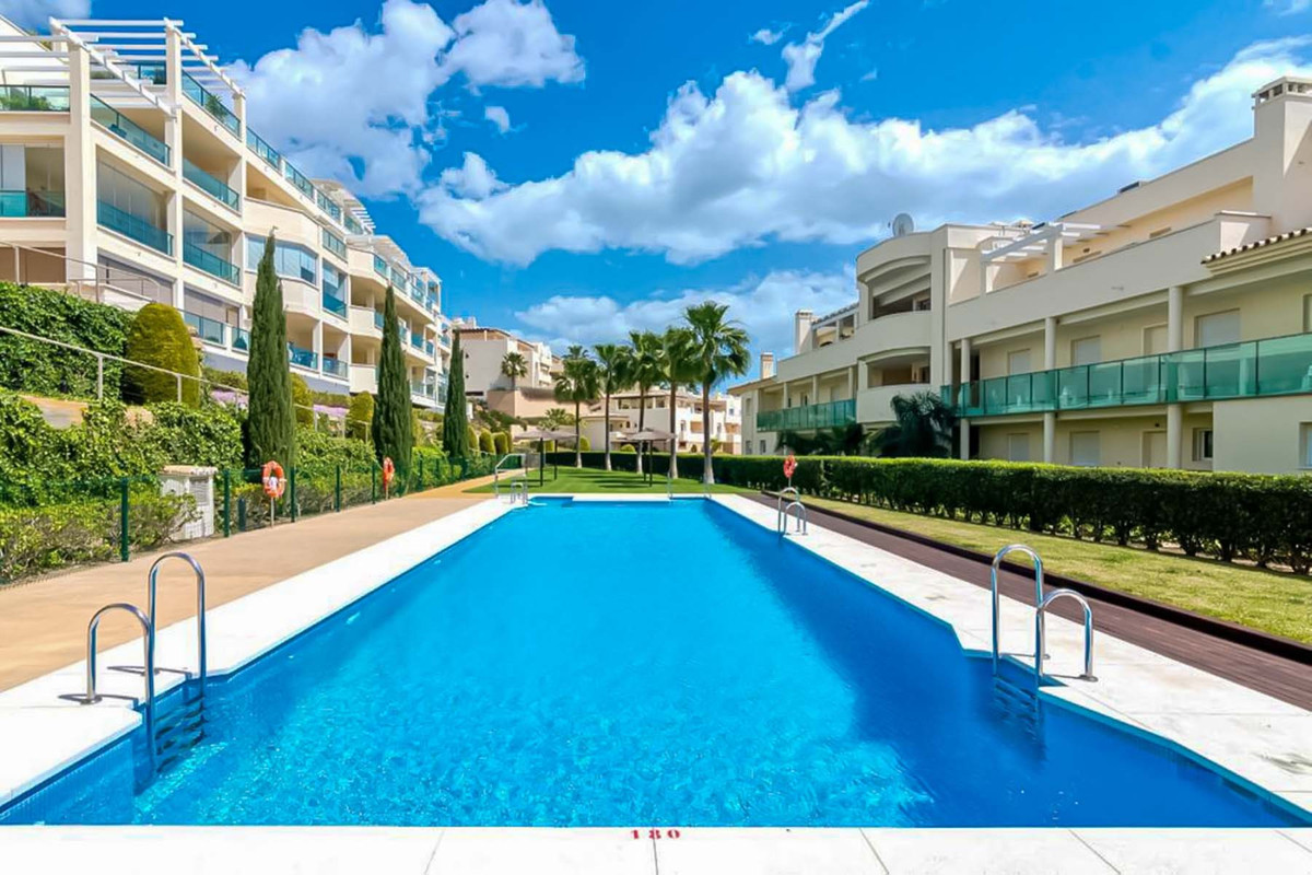 Luxury 2 bedroom apartment for sale in Cerrado de Aguila!   This is a spacious apartment in perfect ,Spain
